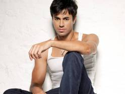 Enrique_Iglesias_hot