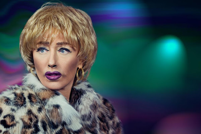cindy-sherman-self-portraits-mac-cosmetics-macfallcolourmidnightblue
