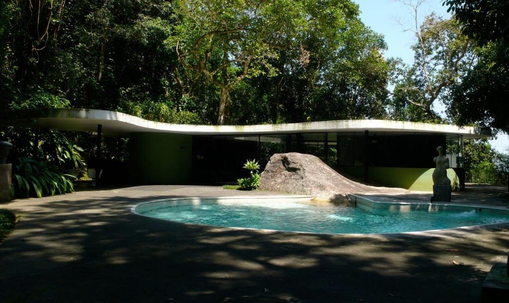 "Oscar Niemeyer ""Casa Canoas"""